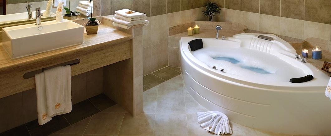 The Crown Villas Bathroom
