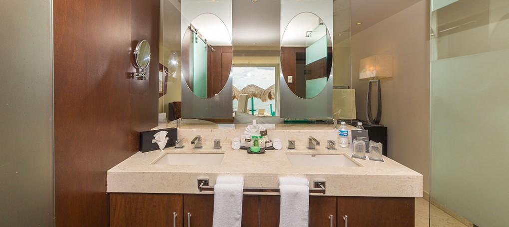 Grand Oasis Tulum Bathroom