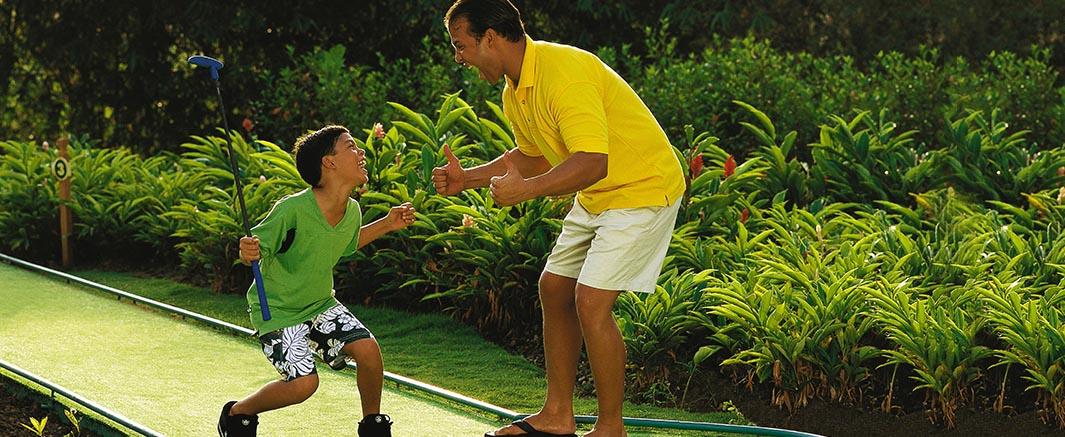 Dream Suites Costa Dorada Mini Golf