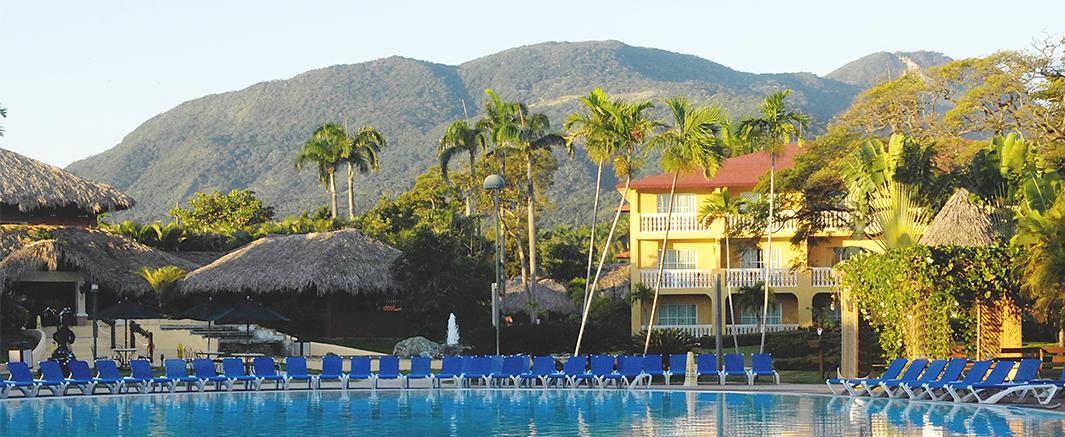 Dream Suites Costa Dorada Pool